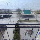 Однокімнатна квартира з шикарним видом на Азовське море